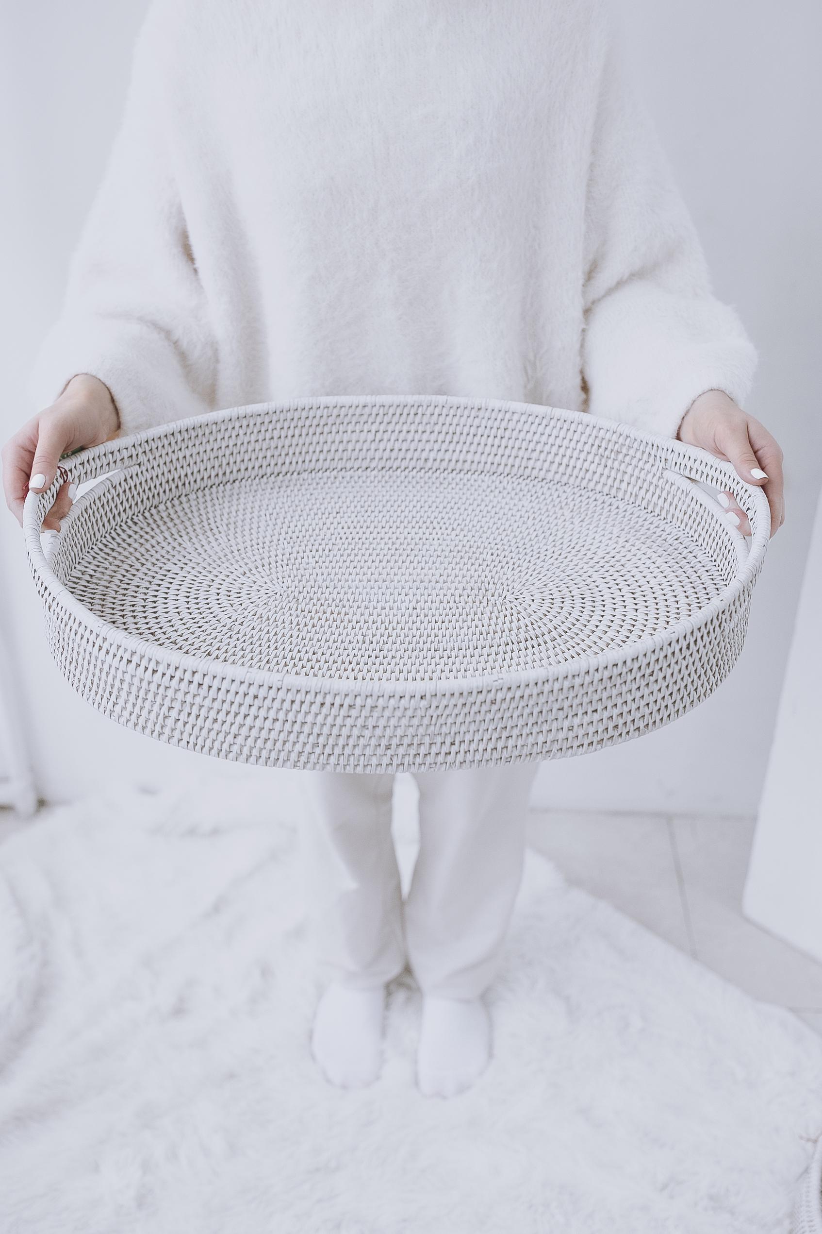 Поднос плетеный №1 ротанг белый