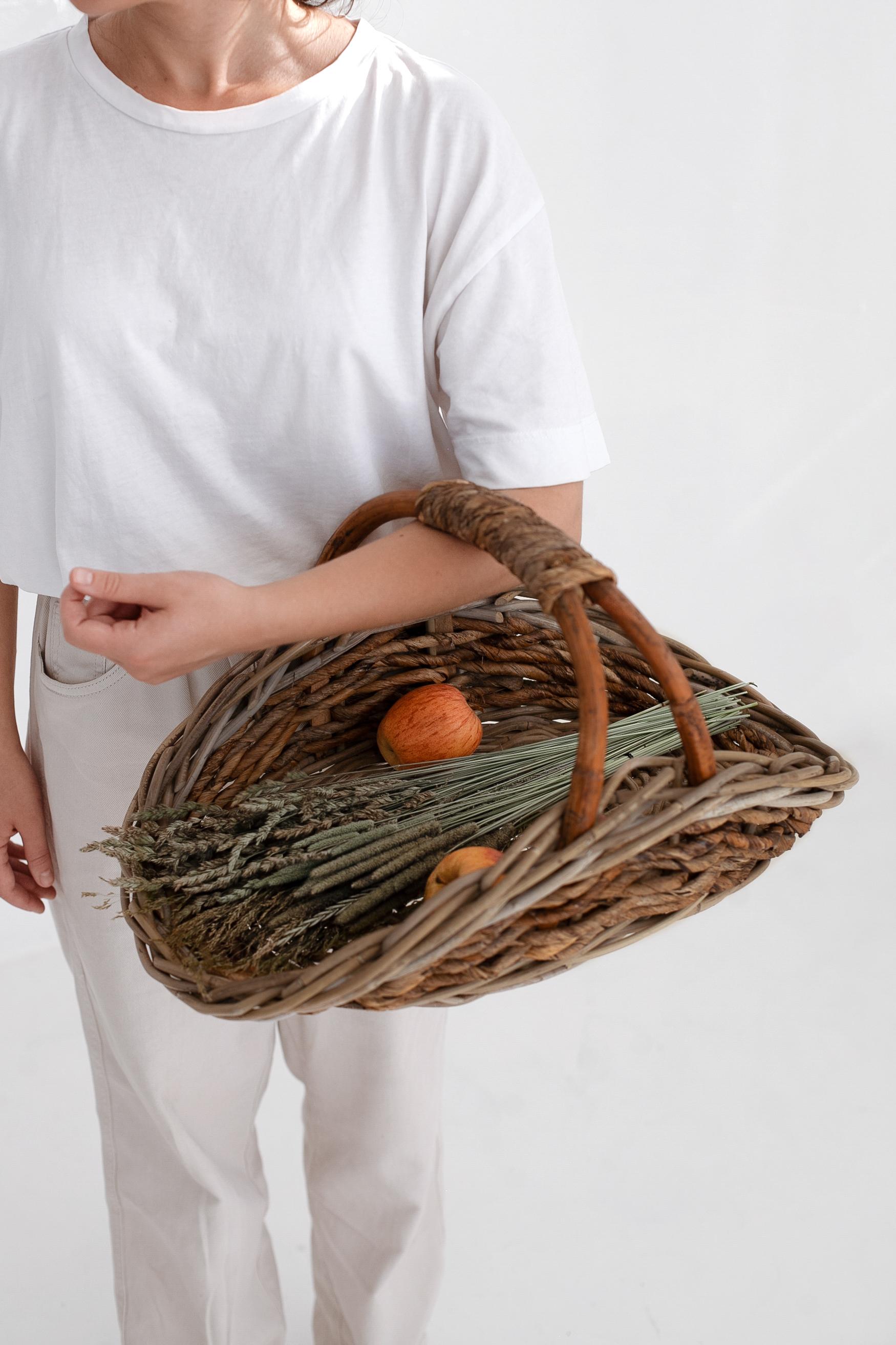 Корзина плетеная №2 ротанг серый, натуральный